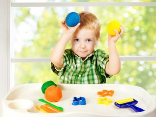 Развивающие игры с пластилином