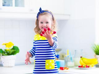 Игры с ребенком на кухне