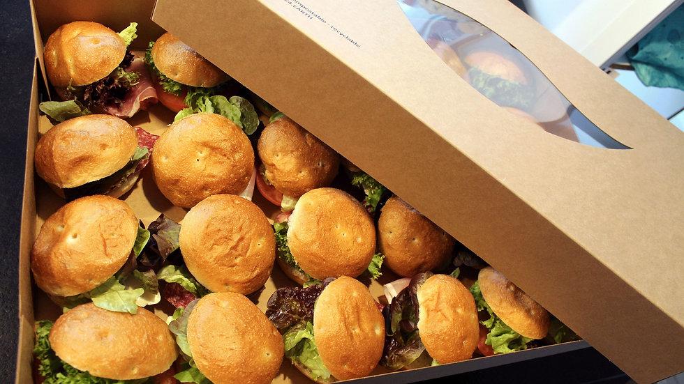 Kalte belegte Mini Burger Platte