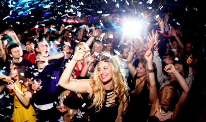 Climactic Entertainment offers dj services in Wilmington NC for coporate parties and holiday parties.