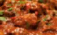 Huisgemaakte sauzen, friet ei, nasibal, zuurvlees, zwarte kip