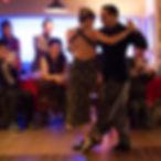 pareja bailando