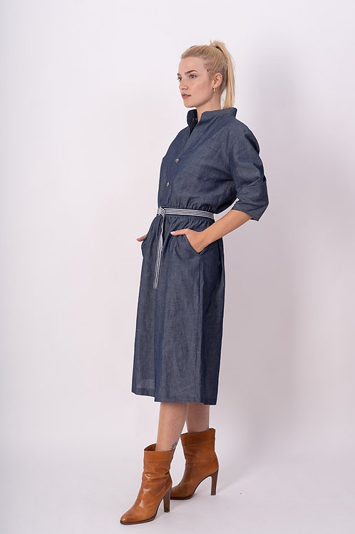Dress in Linnen Optic in Blue
