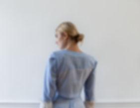 CONNI KAMINSKI SUMMER 2019 BRUSSELS BEGIUM FASHION DESIGNER BLUE COTTON BLOUSE
