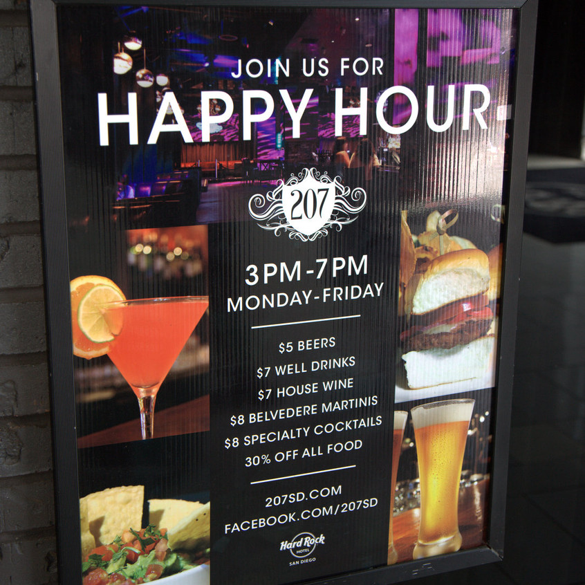 Happy Hour and Fun at 207 Bar in Hard Rock Hotel San Diego