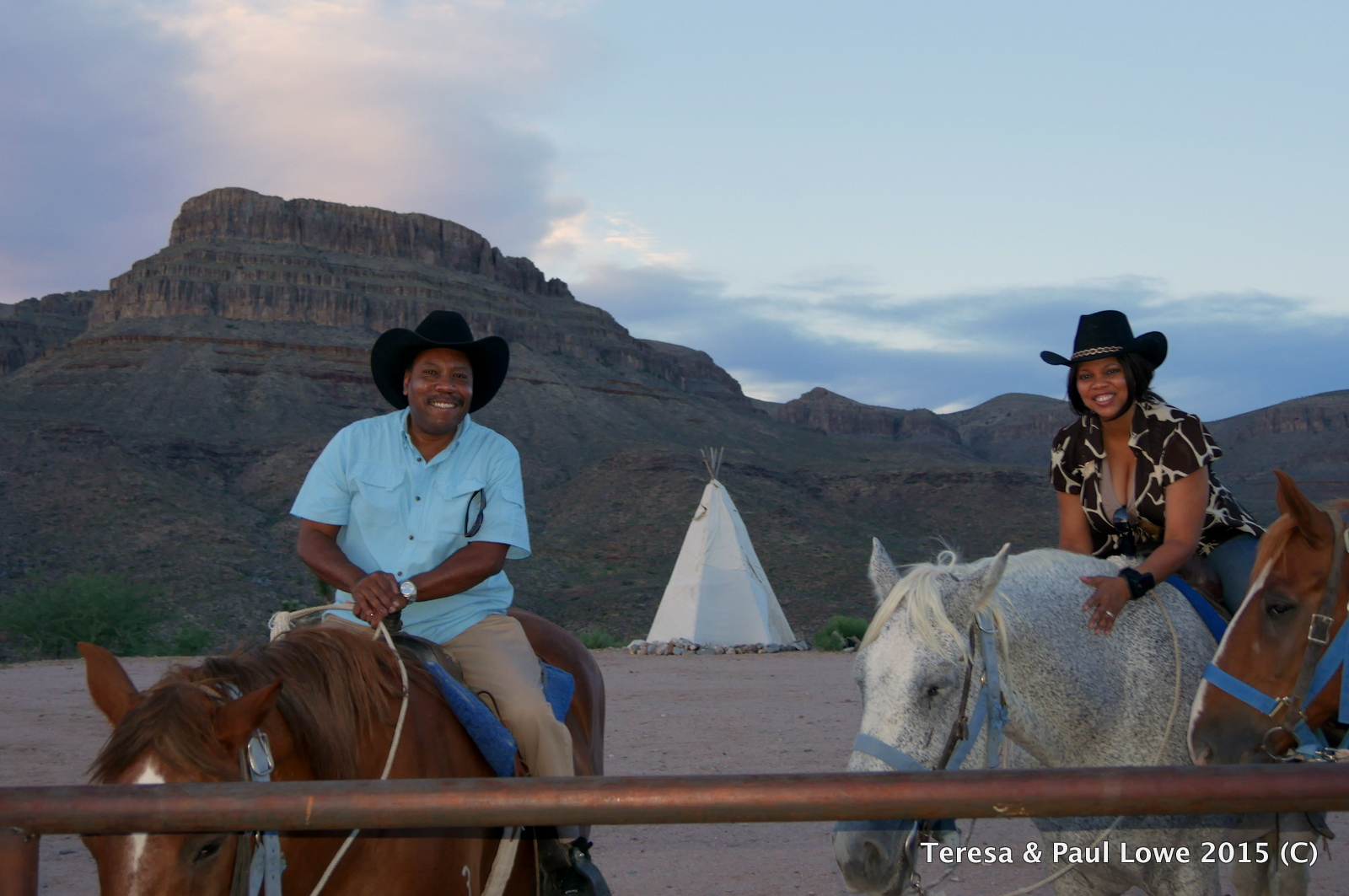 RomanticRomantic Evening Horse & Champange Ride at Grand Western Ranch, Meadview, AZ
