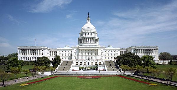 United_States_Capitol_-_west_front_tilt_