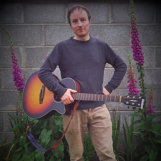 FREE EVENT Live Music with Tommy Mullins