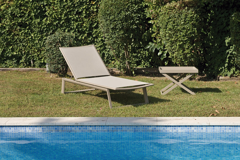 THEMIS - Chaise longue champagne