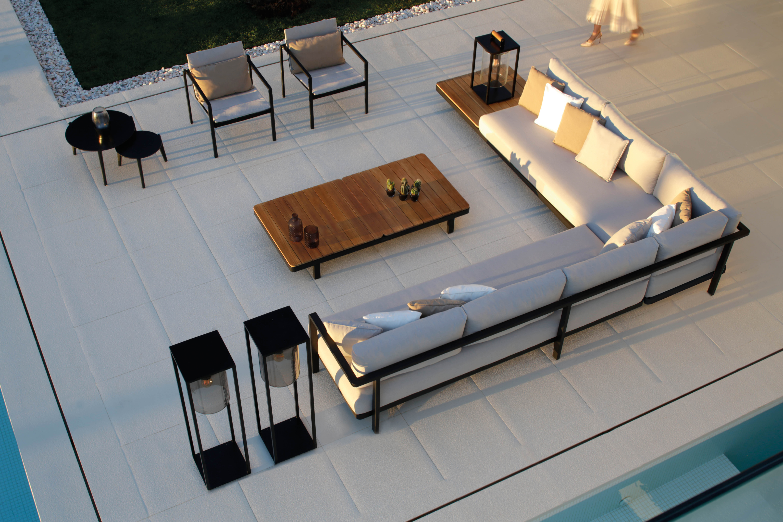 Alura Lounge 03.jpg