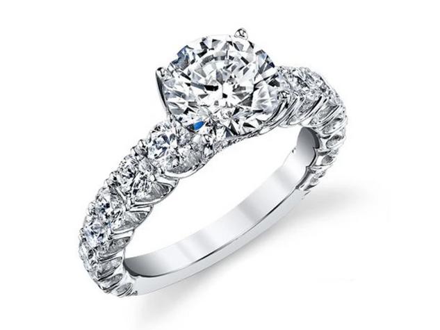 Side Stone Egagement Ring