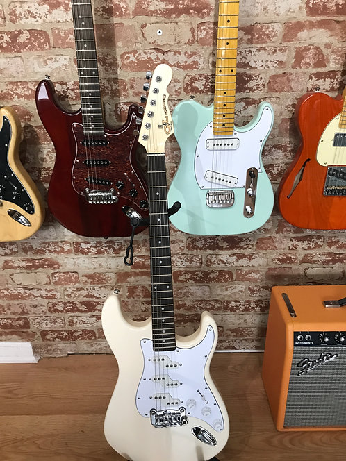 G&L Tribute Comanche with Rosewood Fretboard Olympic White