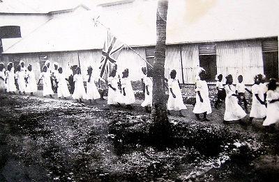 Church procession Banaba 1900s.jpg