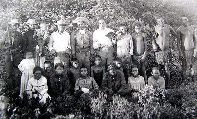 Early Missionaries on Banaba1900.jpg