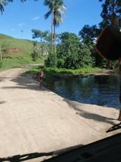 Creek crossing  Buakonikai by Itinterung