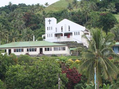 Methodist Church and maneaba at Tabwewa