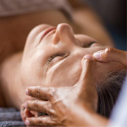 Japanese FaceLift Massage
