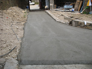 Driveway 4 - concreting.JPG