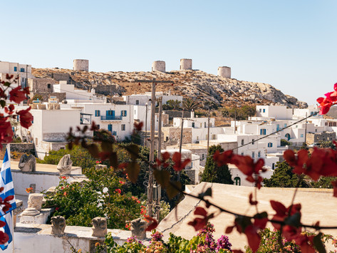 Amorgos, two travellers and the sun!