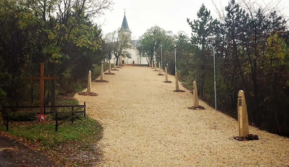 Križova cesta, Kolinany.