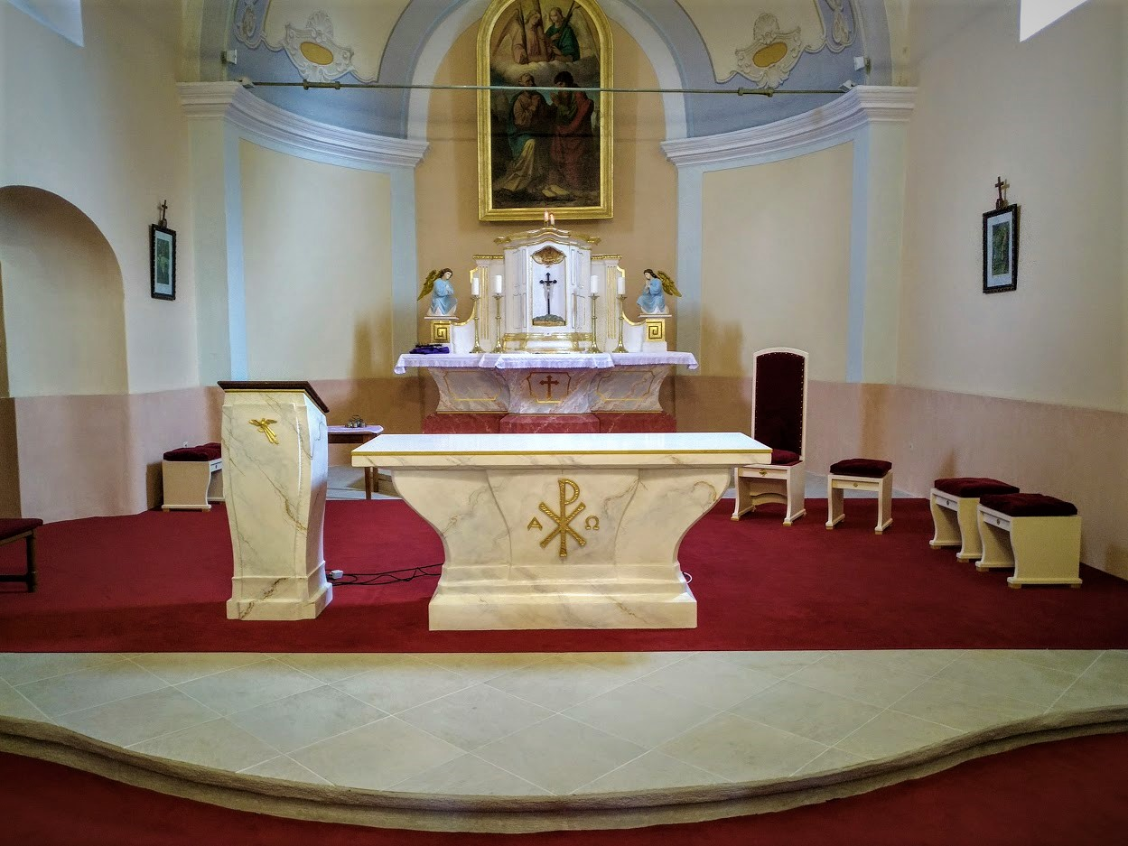 Liturgické zariadenie, Sv. Petra a Pavla, Farná.