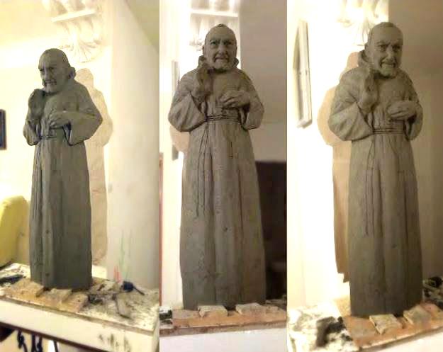 Padre Pio, modelovanie sochy.
