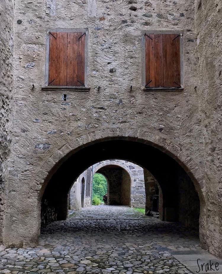 Borgo di Cornello dei Tasso