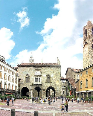 tour-bergamo-marg%C3%AC-miss-ele_edited.