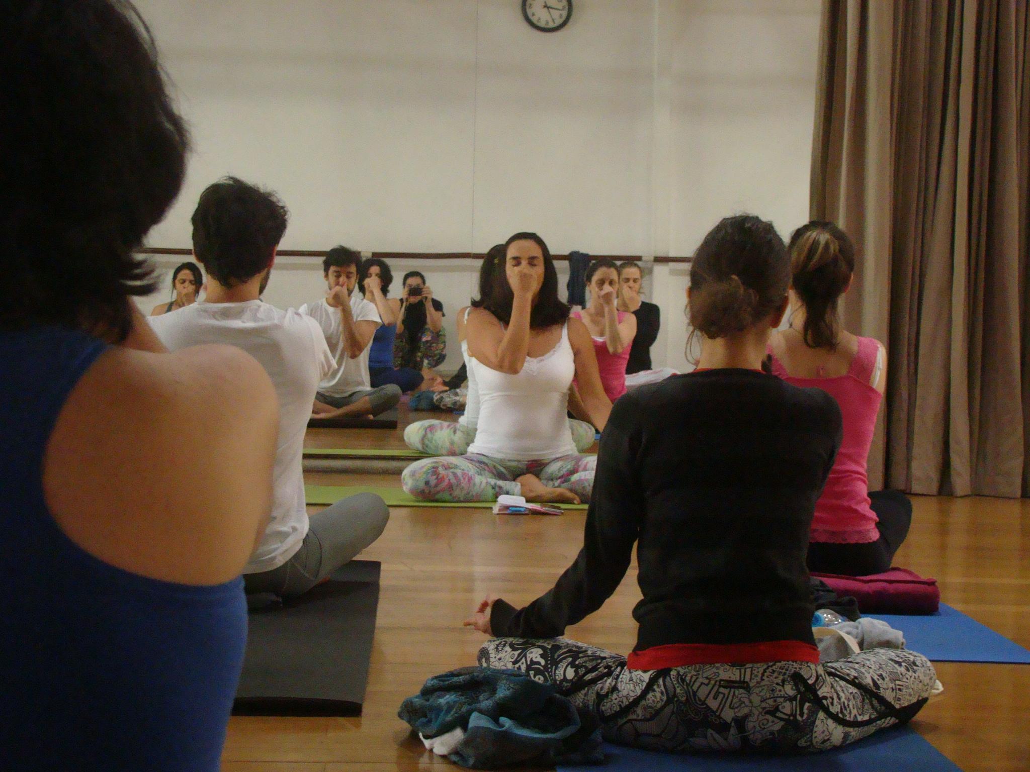 Curso de Yoga - Pranayama