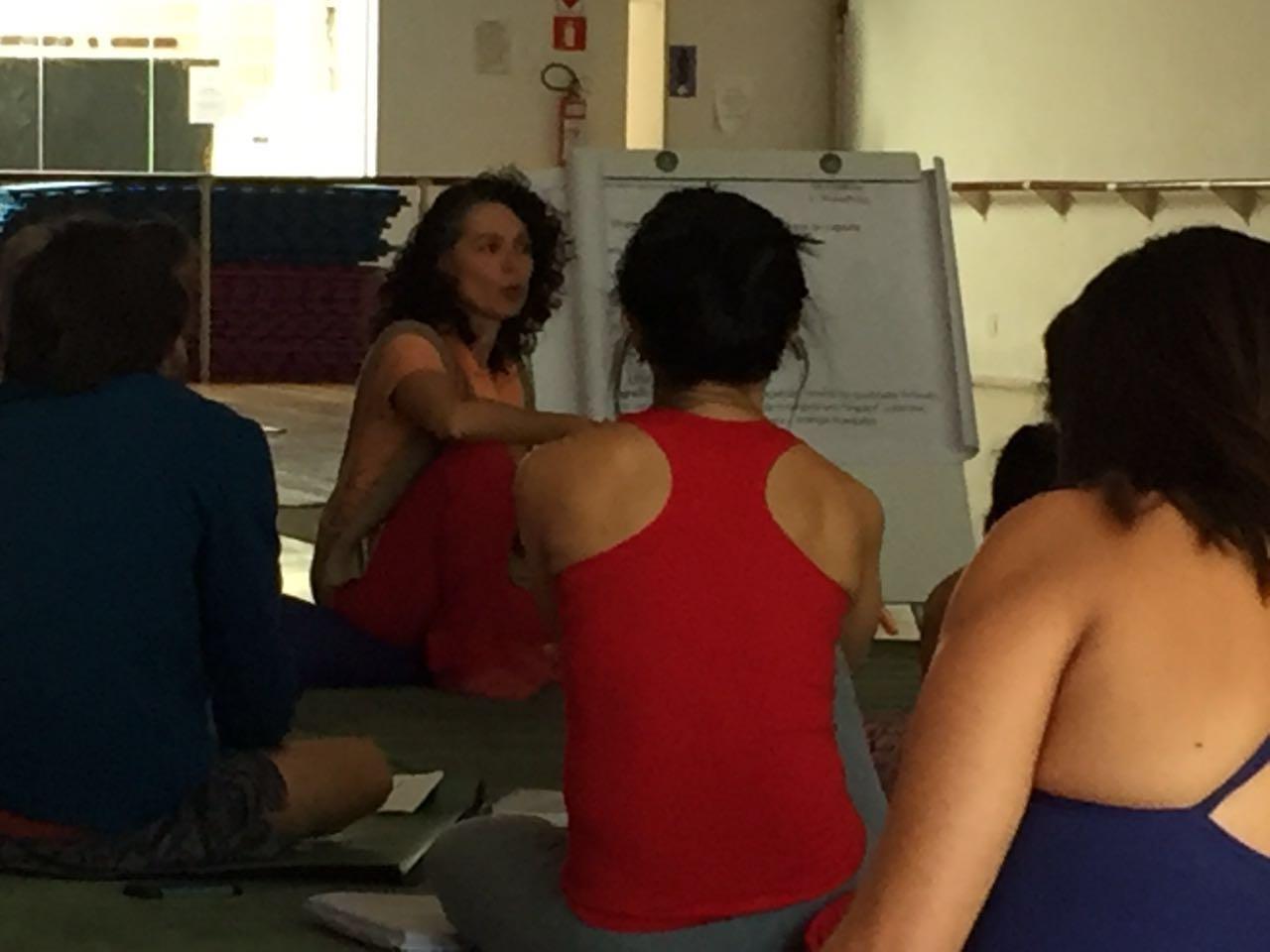 Curso de Yoga - Andrea Porto