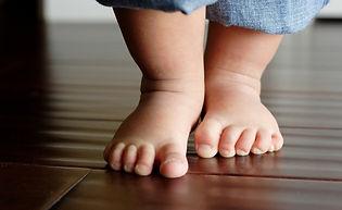 baby-feet-680x452.jpg