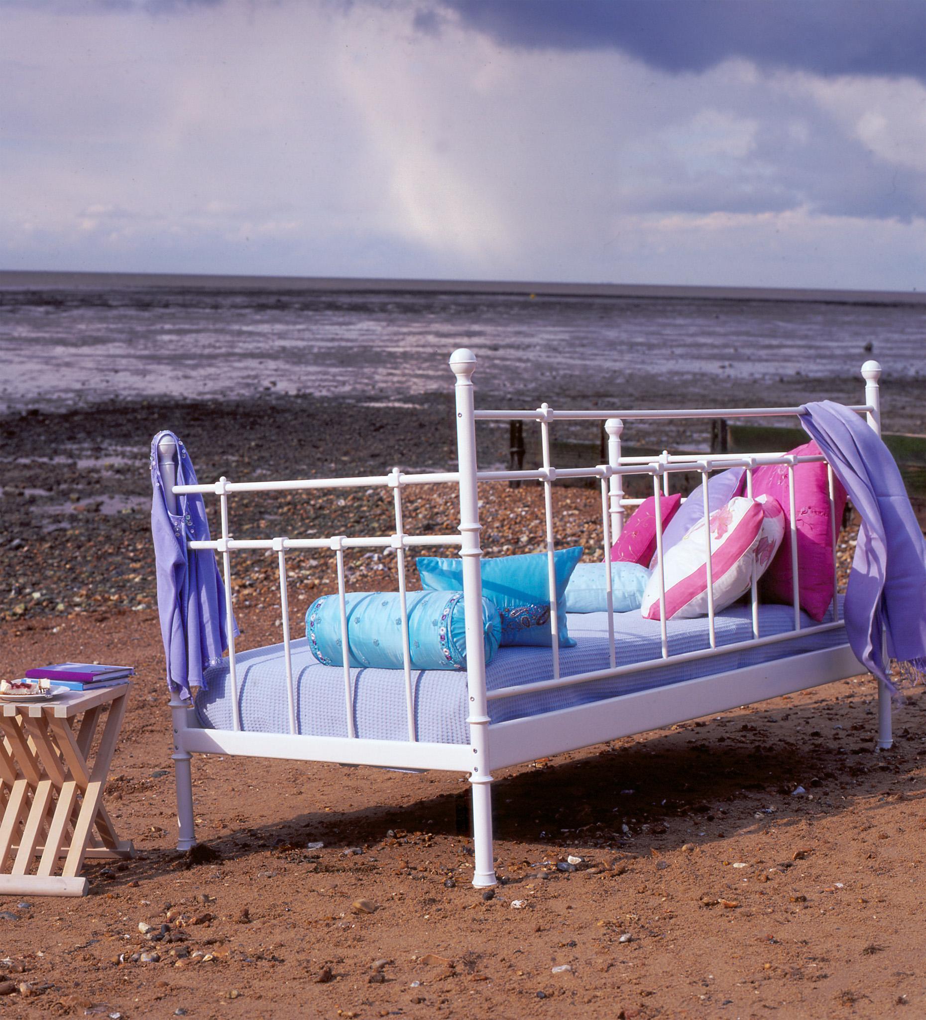 gh bed beach