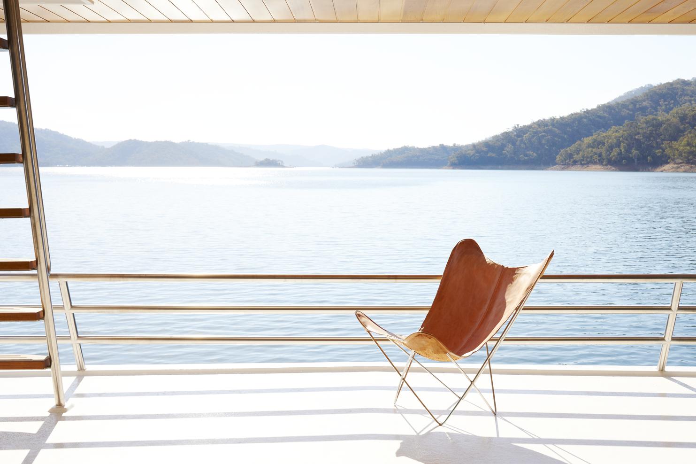 Eildon houseboat