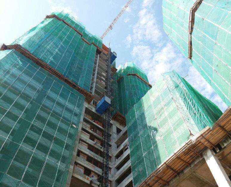 Passenger Hoist @ Building Construction