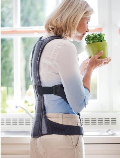골절은 깁스가 치료입니다.  척추압박골절 마찬가지입니다.
