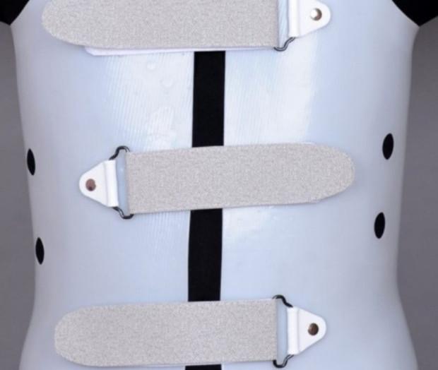 처음 허리골절은 2차골절의 신호탄이며 3차, 4차골절 가능성까지... 피할 수 없다. 척추골절 예방, 보호