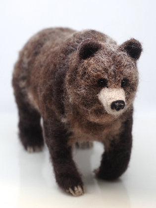 "Small freestanding grizzly bear, pin needle felted, 6"" x 10"""