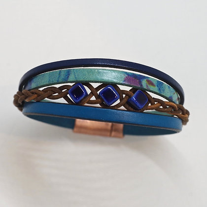 blue aqua leather strand bracelet magnetic copper clasp
