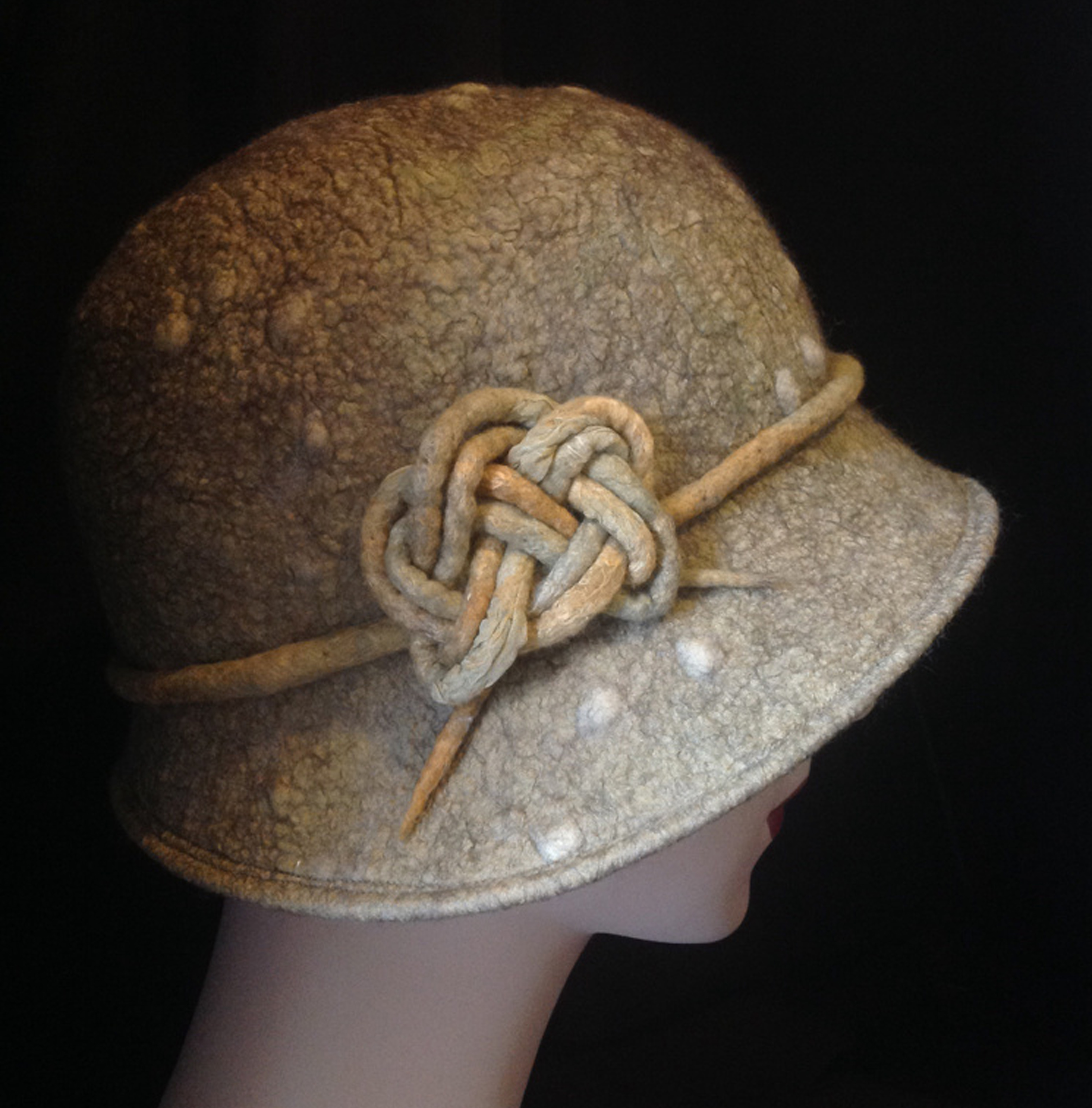 Celtic Knot Cloche