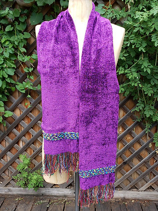 Handwoven chenille scarf with fringe