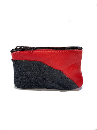 small  red cowhide and textured black Stingray  purse with black zipper