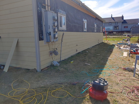 Why is the siding yellow? It's pre primed.