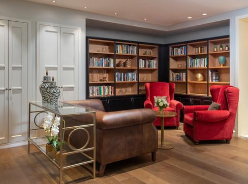 ספריה במלון אדמונד ראש פינה