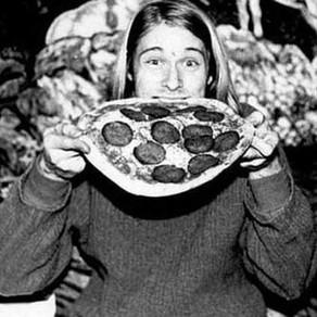 Kurt Cobain 가 '1회용 피자 접시' 에 적은 셋리스트가 2만 2400달러에 팔렸다