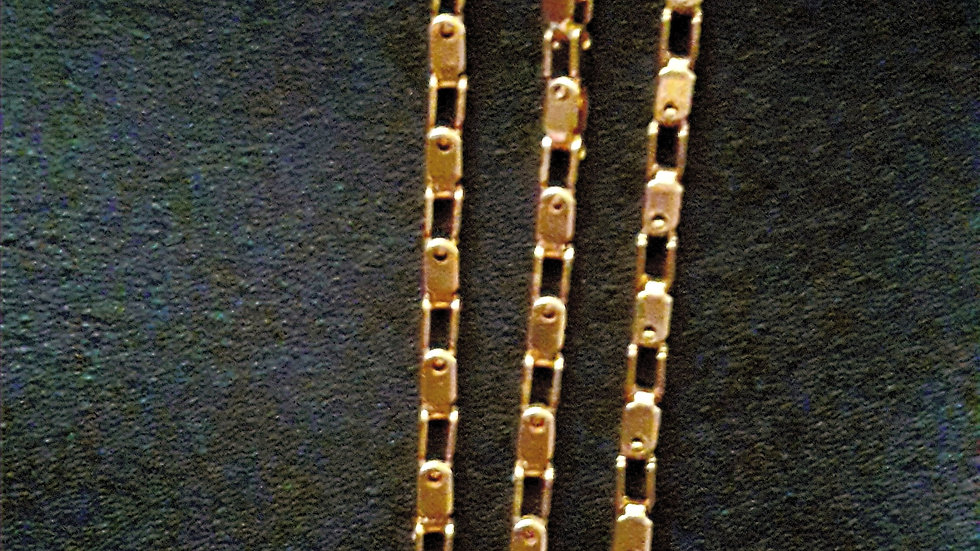 Key and Hole Chain Set