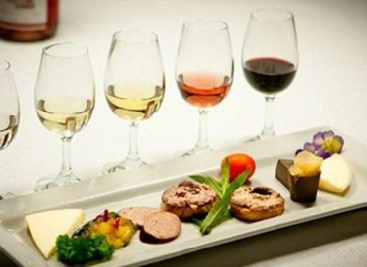 ΓΑΣΤΡΟΝΟΜΙΑ : Συνδυασμός φαγητού και κρασιού