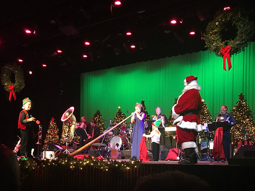 TICKET: Sun, Dec 5, 2021 - 12:00 Noon - Christmas - Reedsburg