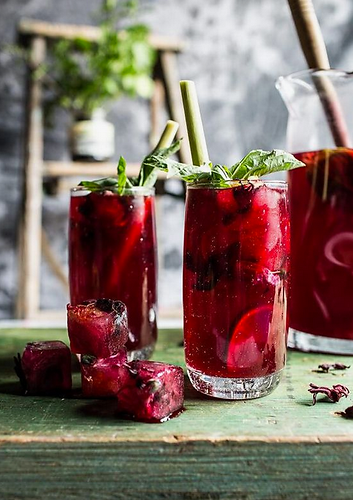 5 Reasons Why You Should Be Drinking Hibiscus Tea Mama Wins Magazine