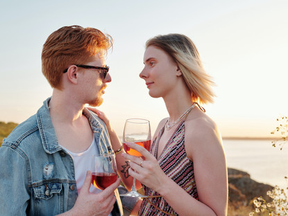HOW TO TELL IF THE GUY YOU'RE DATING COULD BE A PSYCHOPATH