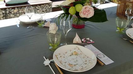 Table de fête : Profession de Foi